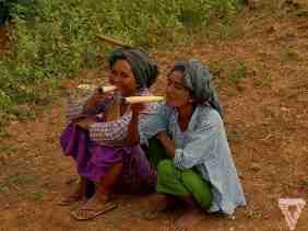 Smoking Bagan style